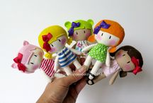 SMALL DOLLS - FELT DOLLS &  DOLL CLOTHS  IDEA