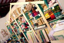 Nuestra tienda!! / Rincones de nuestra tienda, donde encontrar todo lo relacionado con el mundo de las labores, el craft y el diy!!