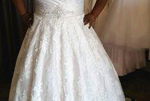 AllureBridals.com / Bruidsmode voor de volslanke bruid