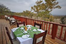 Balloon Camp Tarangire / is a luxurious boutique style property in the heart of Tarangire National Park, accommodation consists of just six grand safari tents with king-sized four poster beds, with spacious verandas from which to enjoy Tarangire famously beautiful sunsets.