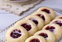 Cookies!!  / by Katie Alabsi