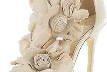 Buty ślubne nie muszą być brzudkie i nudne