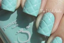 Scratch This / Cute ideas for fingernail painting / by Kristele Waite