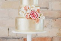 Have Your Cake & Eat It Too / The most creative (and delicious!) wedding cakes, wedding cupcakes, and wedding desserts from our favorite wedding cake trends.