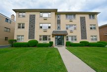 SOLD - 386 Alles Street Unit 301 - Des Plaines, IL. 60016 / $82,000 - Beautifully updated 1 bed, 1 bath downtown Des Plaines condo with attached 1 car garage. This 3rd level unit includes spacious living room, newer windows, carpeted floors, separate dining room and galley kitchen. Large sized bedrooms with lots of closets. Amenities include coin laundry, additional storage and playground. Condo building is perfectly located near shopping, library, restaurants and Metra. A must see!
