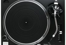 Technics Turntables, Vinyl / The love of turntablism / by Stanley Burks