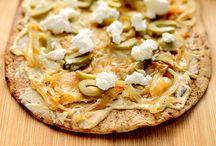 Pizza & Flatbreads / by Elizabeth Psyck