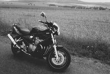 Motorcyclophylia