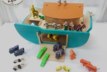 Giocattoli in Legno / Fantastici giocattoli in legno, realizzati con tanta cura materiali di altissima qualità, grazie ai quali avremo un prodotto sicuro, gradevole al tatto e educativo.