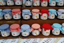 Le nostre confetture / Ideali con i formaggi... deliziose da sole: fragole con l'aceto balsamico, fichi caramellati, albicocche e lavanda... caki sottolio al basilico solo alcuni ....