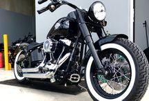 ハーレーダビッドソンバイク