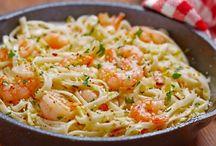 Spaghetti aux crevettes safranées et sauce soja