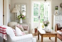 Decor: Country Cottage.
