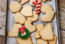 Kid-Friendly Holiday Treats / Holiday Treats that are kid-friendly #ymcaoc #kid-friendly #holiday #treats #cookies #candy #christmas