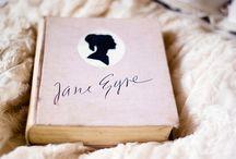 Books Worth Reading / by Jo-Anne Duhamel