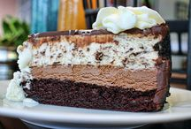 Food - Desserts, Cheesecakes! / by Gina Baker