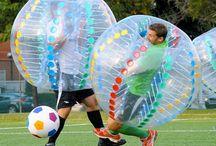 Bubble football party / um jogo de futebol sem regras, sem árbitro mas com muita diversão: todos estão dentro de bolhas insufláveis!  #bubblefootballparty #festabubblefootball #festas #party #just4teens
