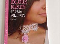 Livre Bijoux fleurs en pâte polymère / je vous présente içi mon livre sur les bijoux et réalisation de bijou fleurs en pâte polymère sortie le 1er mars 2014