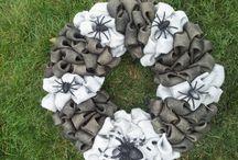 hang it: wreaths / by Kate Sweeten
