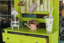 potting benches / by Ali Lewis