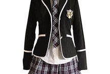 Schöne Schuluniform