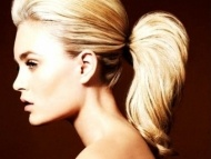 Hair & Beauty / by Audrey Hindes