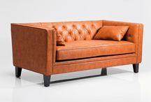Stilvoll Relaxen / Außergewöhnliche Sitzmöbel zum Relaxen. Sofas und Sessel in verschiedenen Farben und Stilen, jedes ein echter Eyecatcher mit tollen Qualitäten bei der täglichen Nutzung.