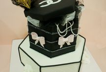 Birthday Cakes for Adults / Contemporary and Creative Birthday Cakes