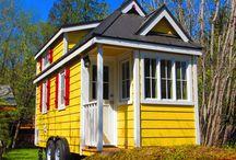 Tiny house / by Brenda Zwart