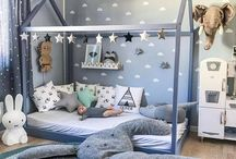 Toddler and bubs room