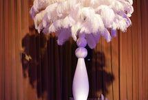 Fiesta con plumas / las plumas forman parte de la decoración