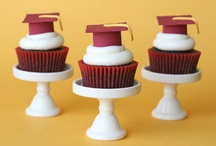 Cupcakes / by Rochelle Hackmann