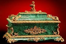 Antique & Vintage Malachite objects / Refined vintage and old malachite Carvings & Items ............ Time to buy an antique is when u see it !