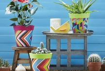Grattify Decor / Furnish your outdoor space in style with our collection of contemporary and weatherproof furniture and accessories. Our range includes dining tables, chairs, sofas, benches, stools, vases and more so make an offer on your favourite items