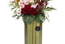 Congratulatory Flowers / Celebrate a new business or a grand event with a bouquet of florist-delivered flowers. Browse our list of congratulatory flowers for sophisticated roses to floral bouquets. http://simplyhamper.com/product-category/flowers/congratulations/