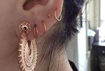 Brincos e piercings