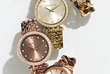 Fashion accessories / by Connie Englemann