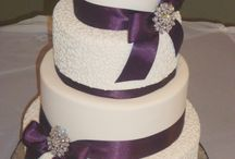 Wedding Cakes / by Katie Lyons