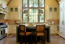 Kitchens / by Nic Smede