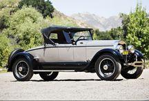 Car - Lincoln