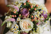 Rustic Garden Wedding Flowers / These rustic wildflower style bouquets are gorgeous for a wedding any time of year.