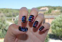 Uñas a Lineas. / Diseños de uñas, pero todo con decoracion de lineas.