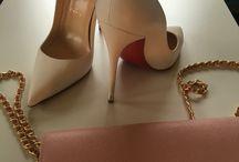 Designer Bags❤️ / Unsere Secret Ladies verstehen es perfekt sich mit besonderen Accessoires gekonnt dezent in Szene zu setzen!