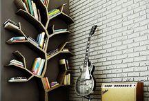 Bücher und Regale / Books and Bookshelves / Bücher und Regal / Books and Bookshelves
