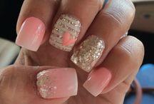 debo de uñas