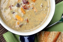 SOUPS & CHOWDERS