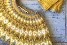 Riddari Sweater