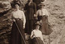 Vintage hiking fashion