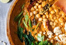 'better than take-out' indian curry recipes // vegetarian / warming vegetarian curries, both traditional and modern. perfect with fluffy naan, chapattis and deep-fried breads.