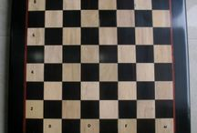 How to setup chess set & pieces in less than one minute - chessbazaar.com / The first and foremost rule in start of game of chess is placement of the chess board. Always remember - light on right. Meaning the light colored square is always on the right hand side of the player.